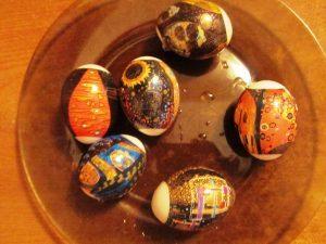 Термоэтикетки, наносим на яйца