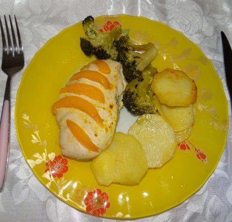курица с персиками готовое