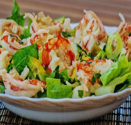 Салат с креветками и фенхелем