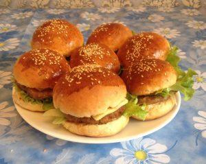 гамбургер в домашних