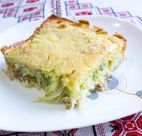 Пирог с капустой и кабачком