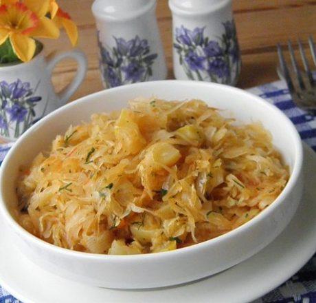 Солянка из кабачков и капусты