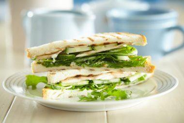 Сэндвич с огурцом