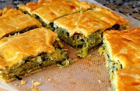 Пирог с капустой из слоеного без дрожжевого теста
