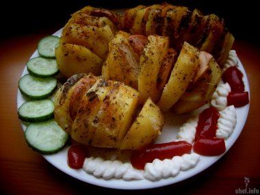Запечённая картошка-гармошка