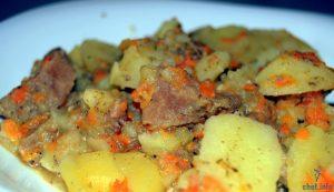тушеная говядина с картошкой рецепт