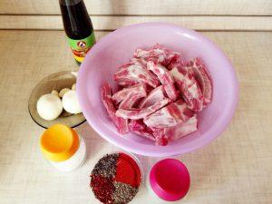 как вкусно приготовить свиные ребрышки в духовке
