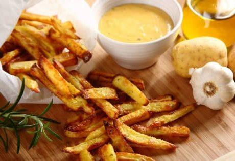 Сырный соус картофеля