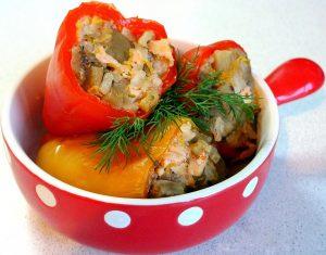 Овощи фаршированные гречкой
