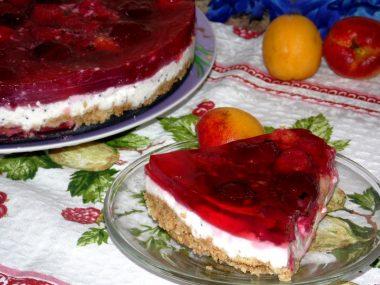 Слоеный торт-желе (без выпечки)