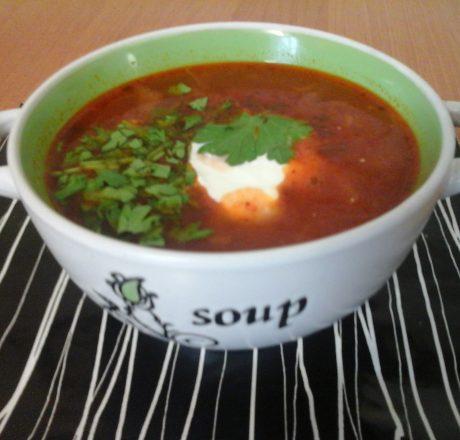 Борщ со свекольно-томатной заправкой