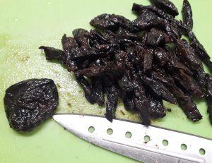 печень с черносливом