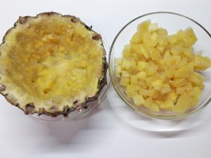 курица в ананасе