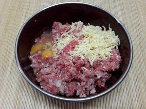 тефтели с сыром в чечевичном соусе