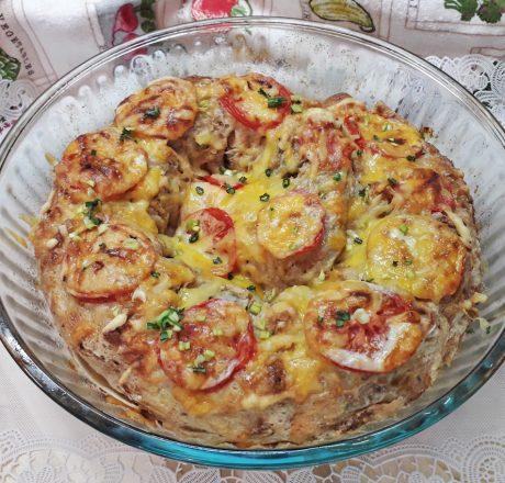 Пирог из лаваша с мясом и грибами