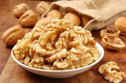 Устранение скорлупы грецкого ореха