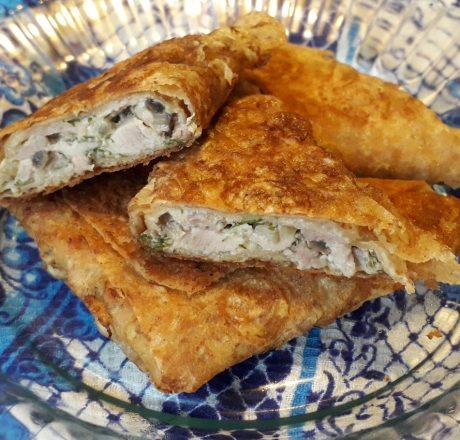 Пирожки-треуголки из лаваша