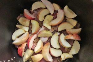 утка с яблоками в мультиварке