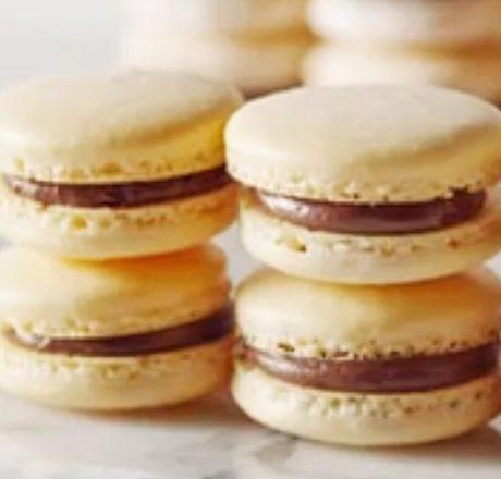 Макарон французское миндальное печенье