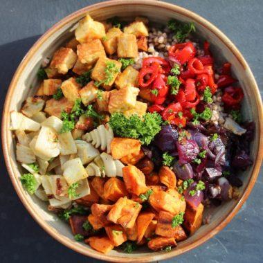 Жареная вегетарианская миска Будды