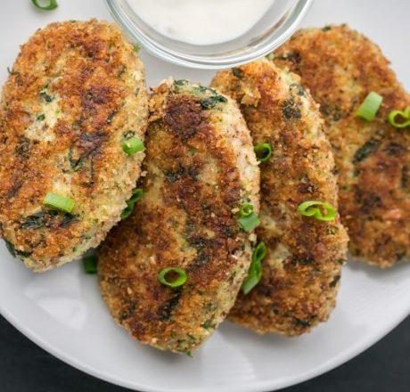Котлеты из курицы, гречки и брокколи