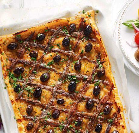 Писсаладьер - луковая пицца