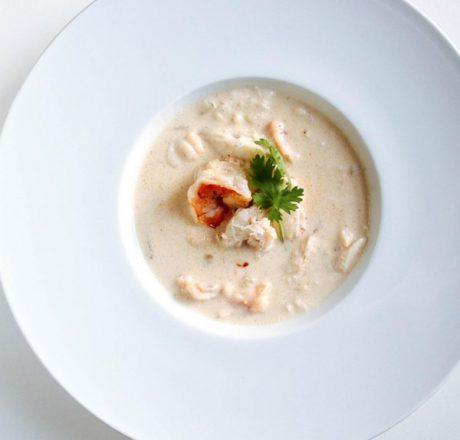 Сливочный креветочно-крабовый суп