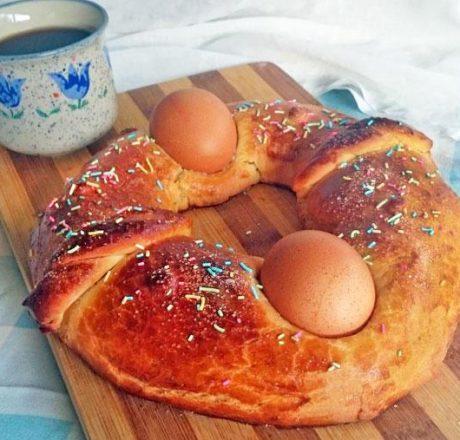 Испанский пасхальный хлеб Мона де Паскуа