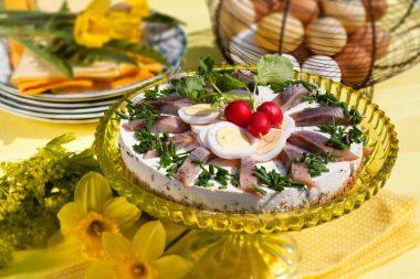 Матьестарте – шведский селедочный торт к Пасхе