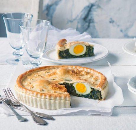 Пирог из шпината с яйцом