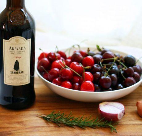 Мацерированные фрукты и вино