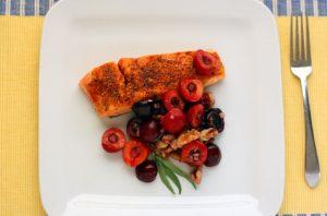 Мацерированные фрукты с рыбой