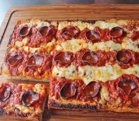Пицца в стиле Детройт