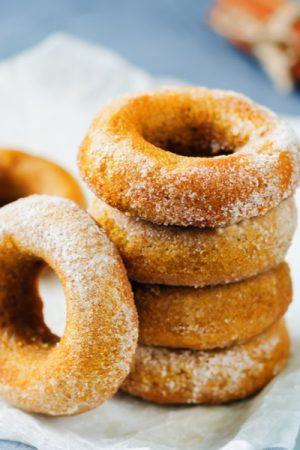 Запеченные тыквенные пончики